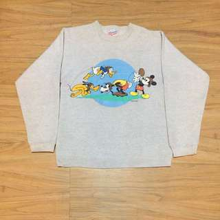 Sweater crewneck Disney Mickey Mouse and friends