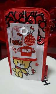 Hello Kitty Gadget Pouch