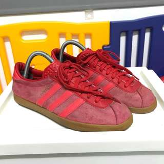 Adidas London Trainer Red Colorway