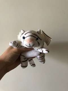 (Last one!) Collectible ESSO tiger cubs toy