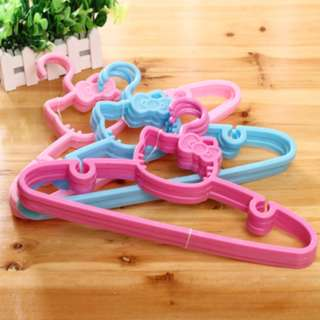 BMT394 - Hello Kitty Clothes Hanger