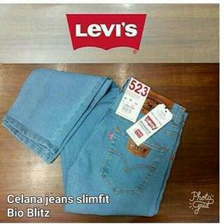 Celana levi's jeans pria