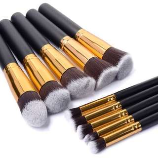 Brand New 10 pc Makeup Brush Set Kabuki