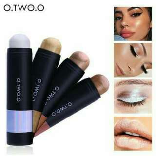 O.TWO.O Shimmer Stick