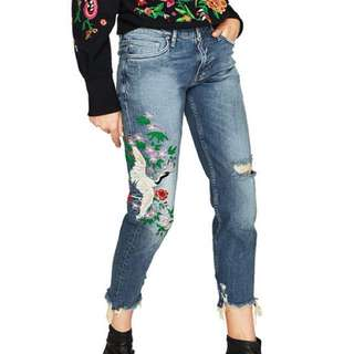 CS 9005 Embroidered Jeans