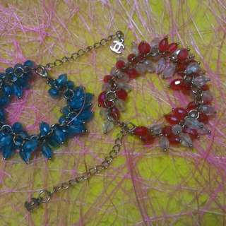 Bracelet beads red and blue