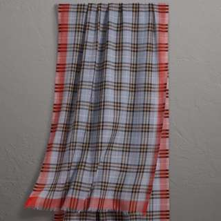 Burberry wool&silk Scarf