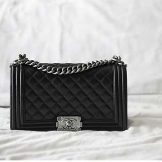CHANEL BOY  Medium RM 18,880