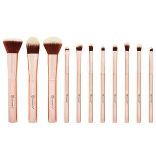 BH Cosmetics Metal Rose 11 Piece Brush Set With Cosmetic Bag