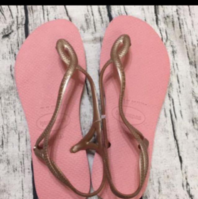 全新哈瓦仕涼鞋,尺寸35-36