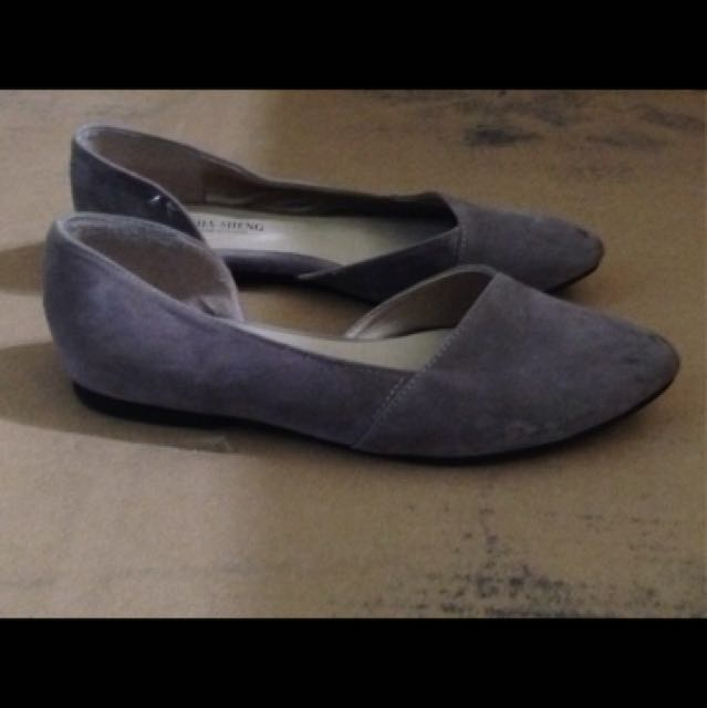 藕紫色小尖頭平底娃娃鞋