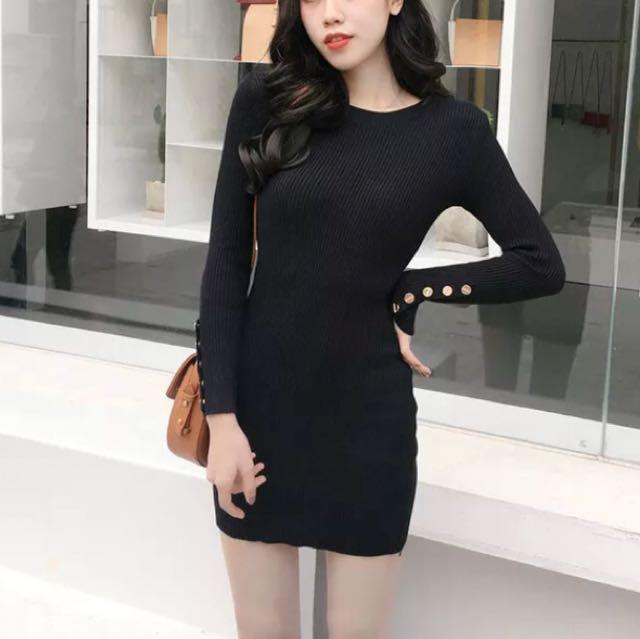 黑色緊身連衣裙