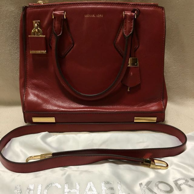 d766f87655badf Authentic mk 2 way bag, Women's Fashion, Bags & Wallets on Carousell