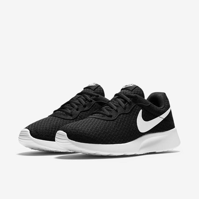 948d5661b7156 AUTHENTIC  Nike Tanjun Black   White Sneakers   Running Shoes ...