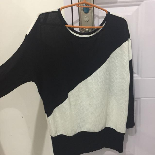 Black & white 3/4 sleeve