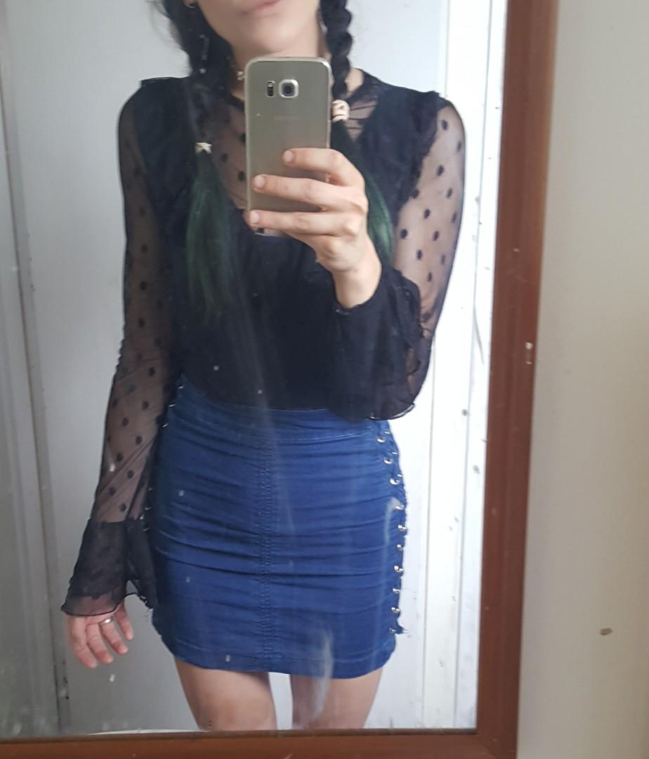 Black cute blouse size 8