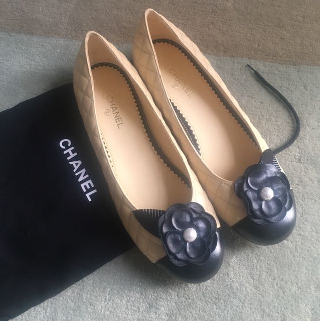 25d4199de17 Bn Chanel Beige Black Ballerina Quilted Pearl Elia Flats Luxury. Chanel  Black Quilted Loafers Flats Leather Ref 85604