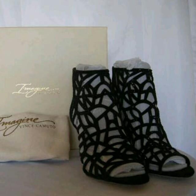 Bnew and Authentic Imagine Vince Camuto Parker Dress Pump Black