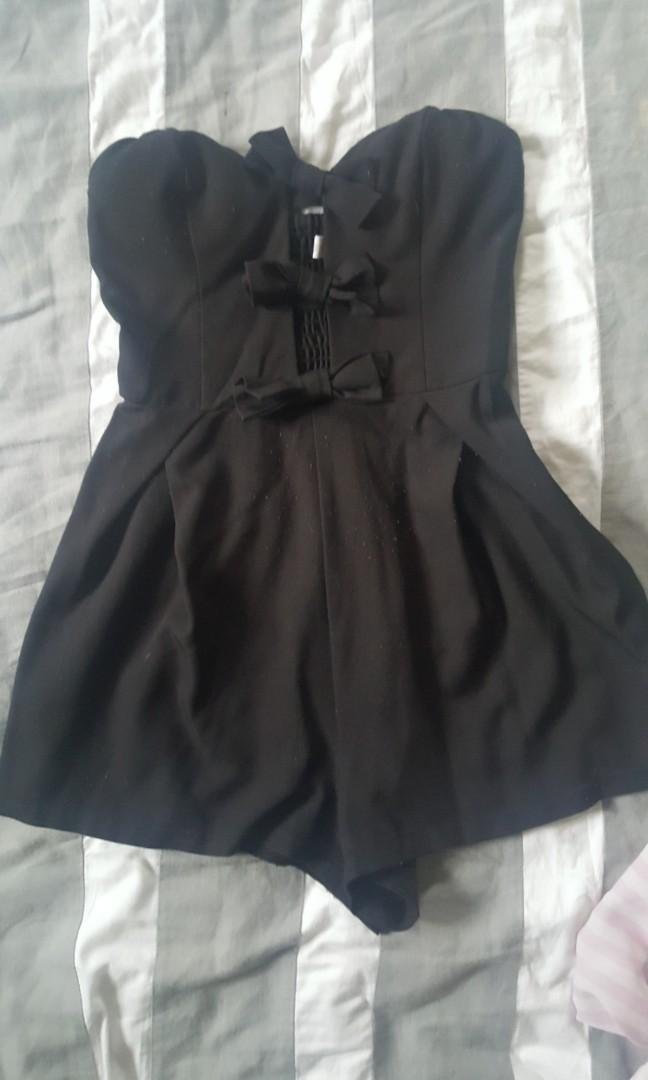 Bow tie jumpsuit size 6