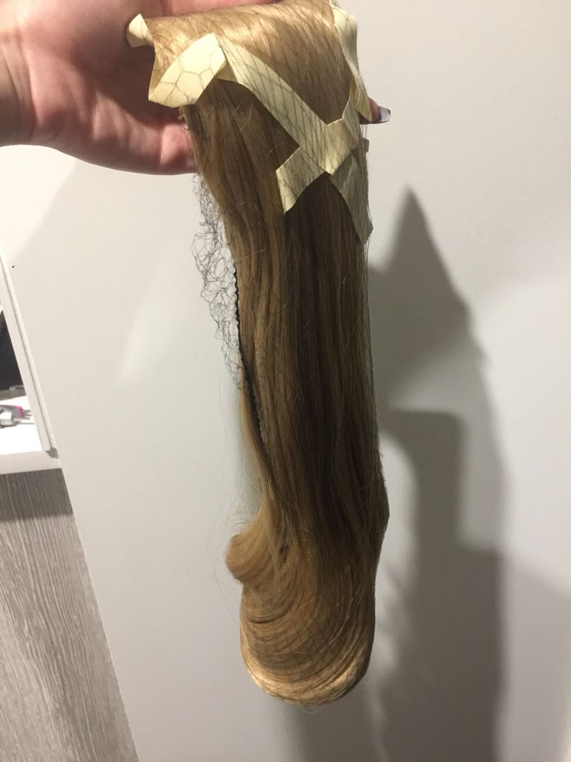 BRAND NEW Ponytail Extensions - Blonde