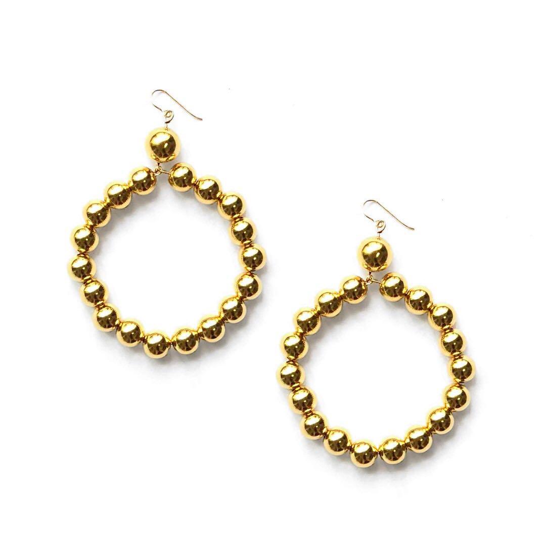 Cora 存在感金珠圈圈耳環