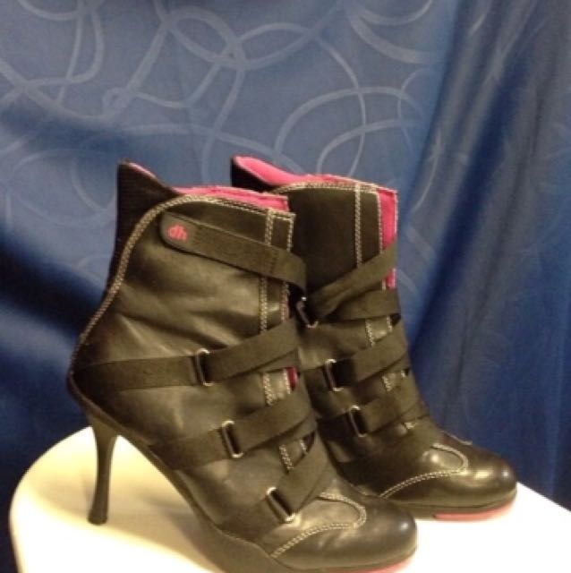 Dollhouse size 6 boots