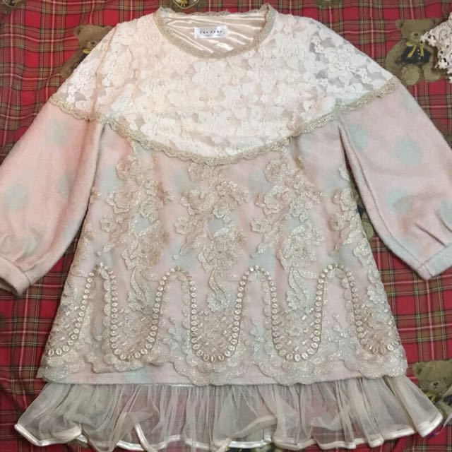 【D.Z】SHOP❣️全新現貨🎀正韓PNKSHOP珍珠蕾絲毛絨金蔥刺繡秋冬粉杏色洋裝