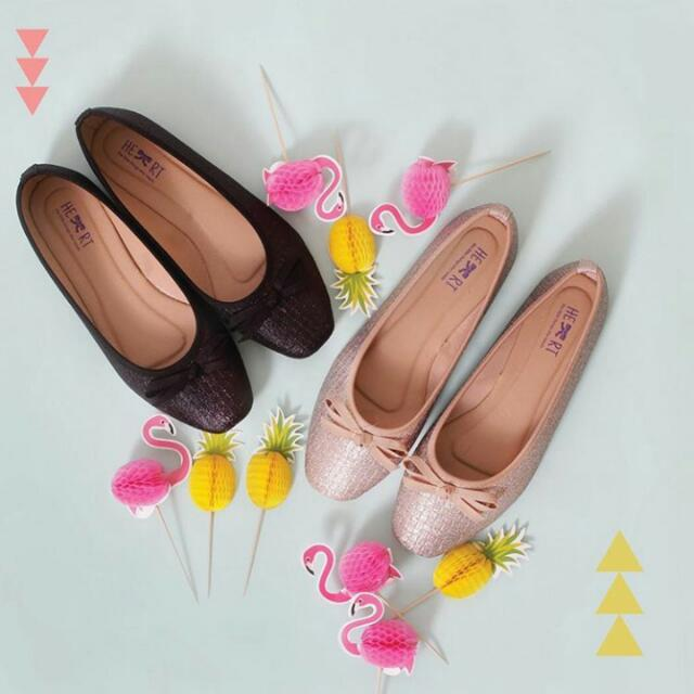 Flatshoes The Little Things She Needs / TLTSN