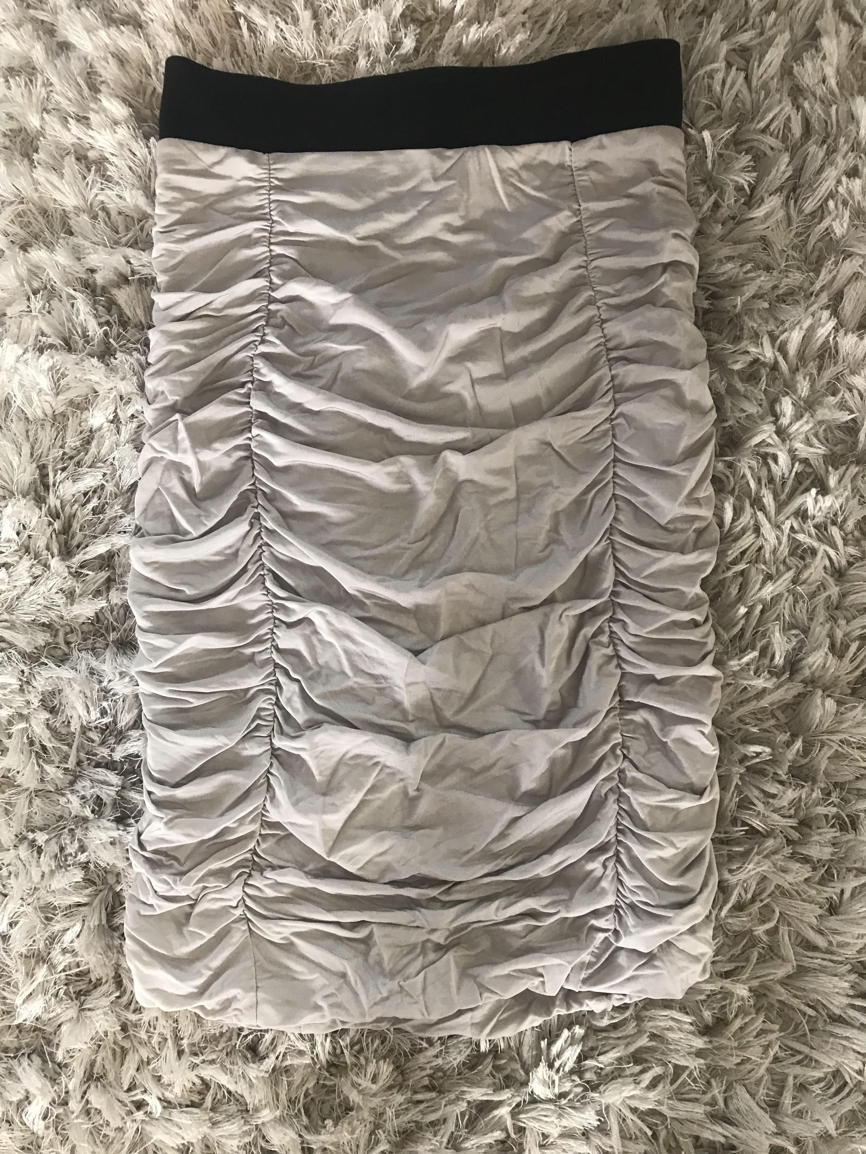 Gathered H&M skirt