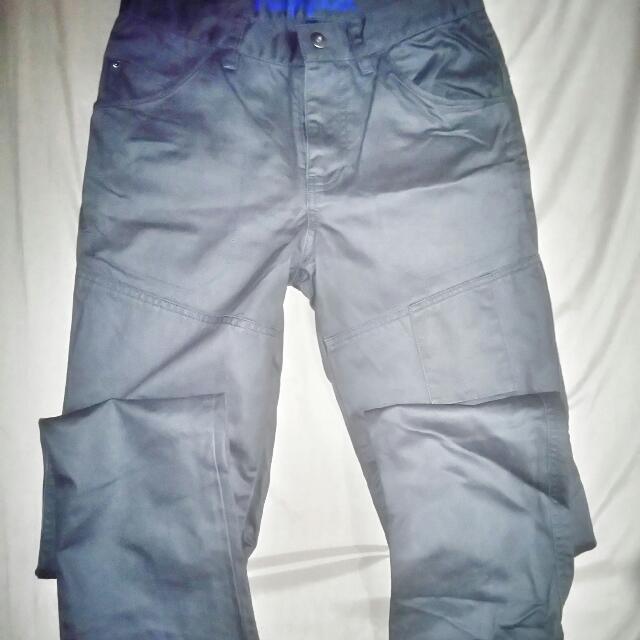 Gray Pants Size 28