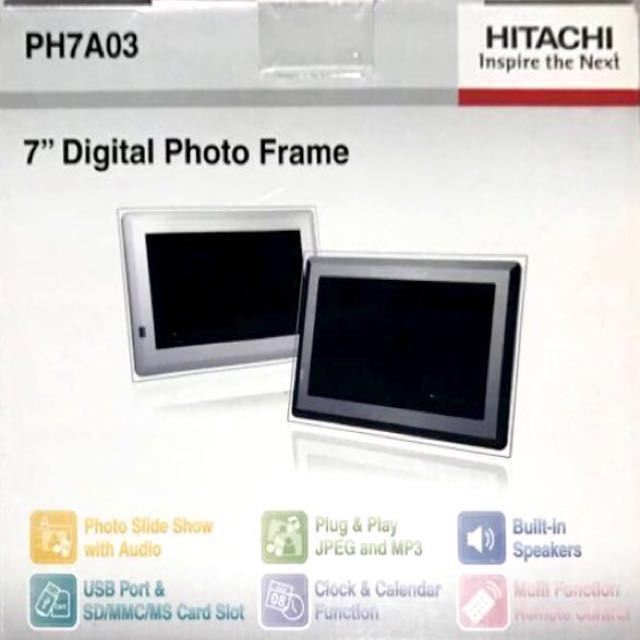 Hitachi 7 Digital Photo Frame With Remote Control Electronics