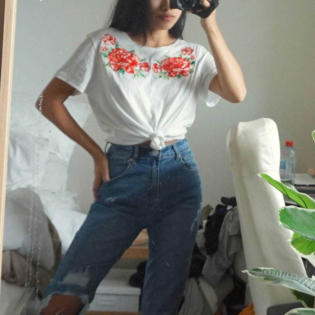 H&M Floral Embroidery White Tee