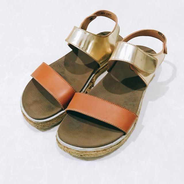 Kannina Casual Shoes