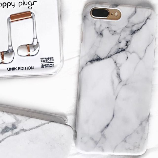 Marble iPhone 7+ case