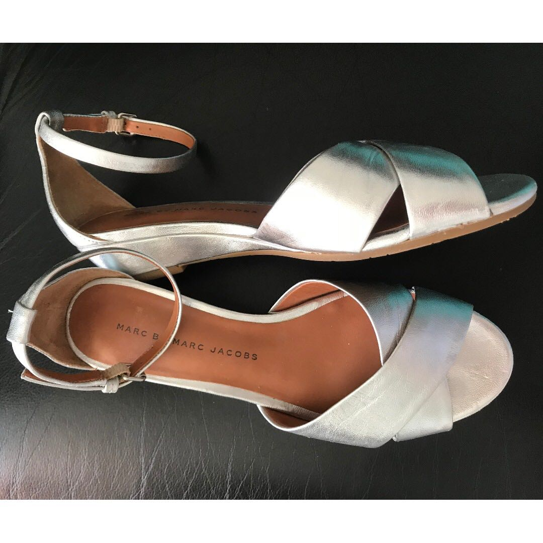 Marc by Marc Jacobs Silver Leather Sandals 35.5 5.5