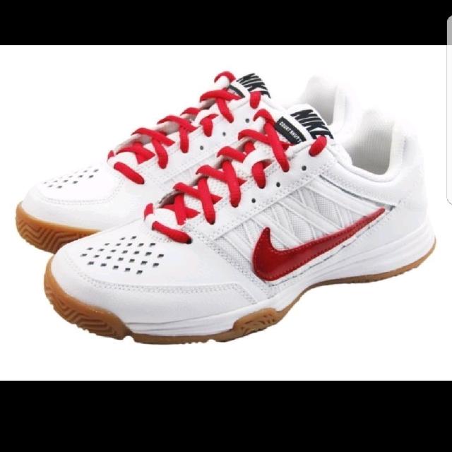 Nike 羽球鞋 女生
