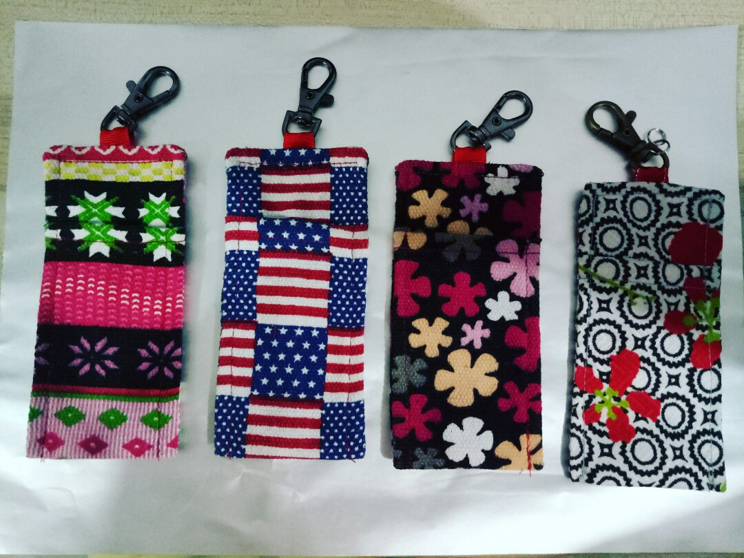 Oil keychain holder discount for 3pcs up