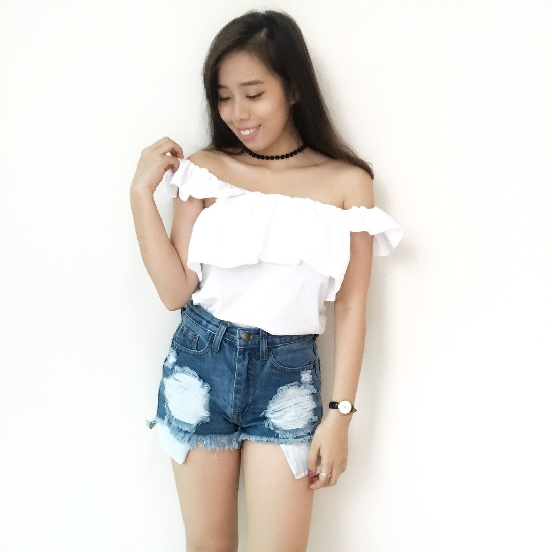 💥READYSTOCK💥 Brand New White Off Shoulder Top
