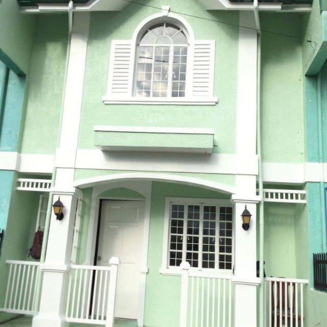 STA ROSA HEIGHTS 2BR fully furnished