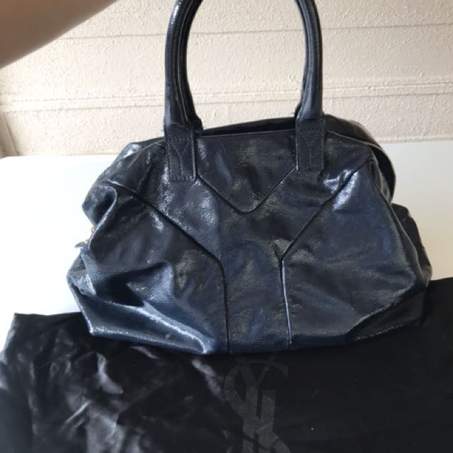 0c1c4fe918af Yves Saint Laurent YSL easy oversize patent tote with dustbag ...