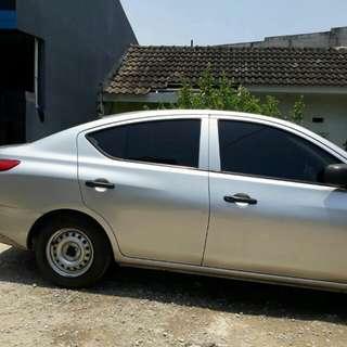 Nissan Almira