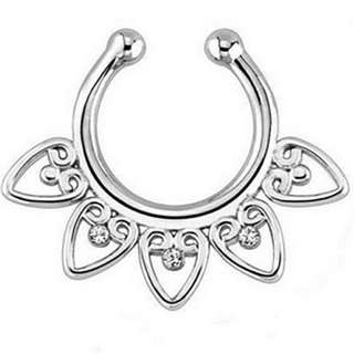 PO: septum hearts nose ring