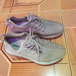 Adidas yezzy oxford tan originals size 41