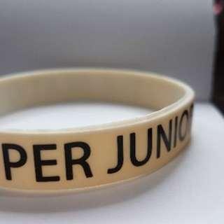 SUPER JUNIOR D&E 編織與塑膠手環