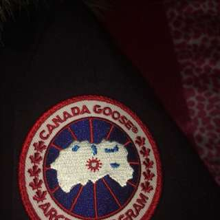 canada goose jacket (men size small)
