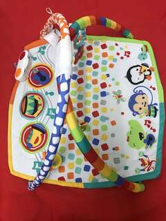 Fisher Price Baby Bandstanf Playgym