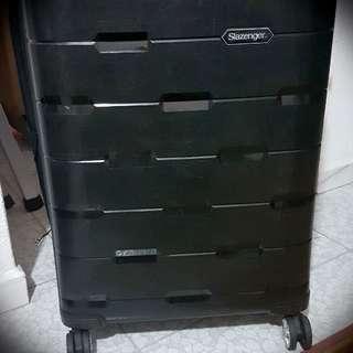 Slazenger 28 Inch Black Luggage