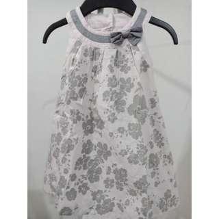 pink (light)  / gray dress