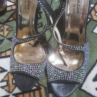 3 heels for $20