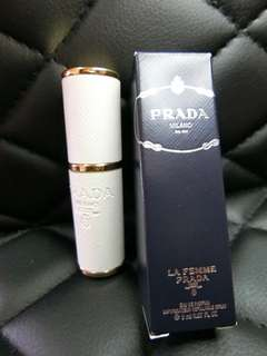 Refillable Spray of La Femme Prada EDP 8ml